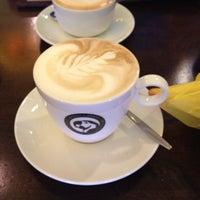 Foto tirada no(a) Brazuca Coffee por Diego S. em 6/30/2012