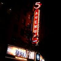 Photo prise au The 5th Avenue Theatre par SeattleRevealed le7/23/2012