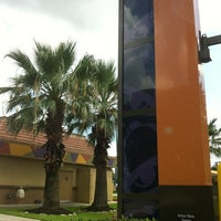 Photo taken at Taco Bell by Demetrio M. on 7/18/2012
