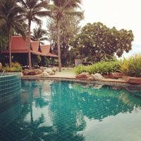Photo taken at Garden Cliff Resort & Spa by Bewty P. on 8/17/2012