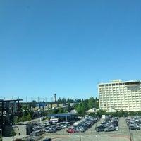 Foto tirada no(a) Hilton Seattle Airport & Conference Center por sh L. em 7/12/2012
