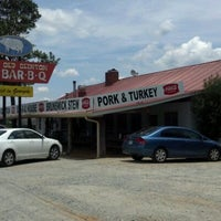 Photo taken at Old Clinton Bar-B-Q by Tuco Badlands P. on 6/8/2012