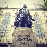 Foto tirada no(a) Thomaskirche por sergelen em 5/21/2012
