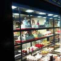 Photo prise au Altın Elek Pastanesi par Mert le8/26/2012