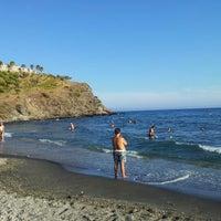 Photo taken at Playa de Calabajío by José Manuel L. on 9/9/2012