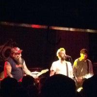 4/20/2012 tarihinde Aubsziyaretçi tarafından Paradise Rock Club'de çekilen fotoğraf