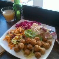 Photo taken at Scandinavian Kitchen by 毛毛毛脑袋太躁 C. on 6/30/2012