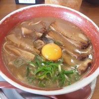 Photo taken at 徳島ラーメン 麺王 高松駅前店 by dawa on 3/6/2012