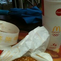 Photo taken at McDonald's by 하영 이. on 8/24/2012