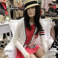Photo taken at Forever 21 by Amornrat W. on 2/20/2012