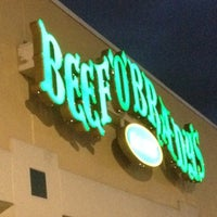 Photo taken at Beef 'O' Brady's by Ernest B. on 8/10/2012