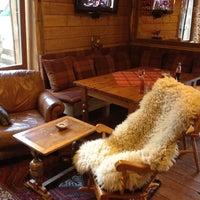 Photo taken at Cactus Rege apres & ski bar by Shestakov on 8/27/2012