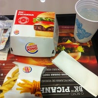 Foto tirada no(a) Burger King por Adriano R. em 8/12/2012