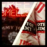 รูปภาพถ่ายที่ Jimmy John's โดย Chris L. เมื่อ 8/31/2012