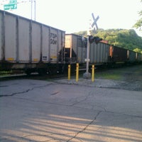 Photo taken at Train Track Trail - Sharpsburg to Millvale by jenadels on 6/3/2012