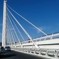 Foto tomada en Puente del Alamillo por Pablo F. el 2/5/2012