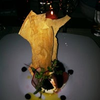 Photo taken at 10 Downing Food And Wine by Stephanie B. on 3/25/2012