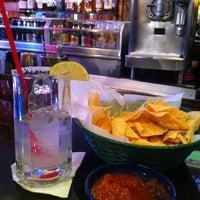 Foto tomada en La Parrilla Mexican Restaurant por Richard A. el 8/8/2012