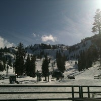 Photo taken at Alpine Meadows Lodge by Leen D. on 3/23/2012