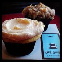 Photo taken at Big Sugar Bakeshop by Marleine P. on 9/12/2012