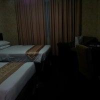 Photo taken at Citra Inn International Hotel and Restaurant by Gieun J. on 9/6/2012