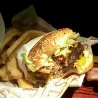 Photo taken at Red Robin Gourmet Burgers by Alyssa V. on 2/9/2012