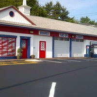 Photo prise au Ron's Discount Tires & Auto Repair par Ron P. le5/28/2012