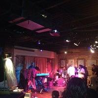 Photo prise au Apache Cafe par Austin H. le8/30/2012
