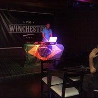 Foto tirada no(a) Winchester Pub por Tobias M. em 8/23/2012