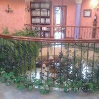 Das Foto wurde bei Bodegas Altanza von Nerea Guzmán A. am 4/17/2012 aufgenommen
