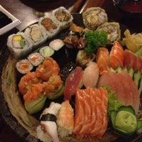 Foto tirada no(a) Nashi Japanese Food | 梨 por Lidiane N. em 3/3/2012