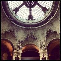 Photo taken at Palais de la Découverte by Sacha Q. on 5/15/2012