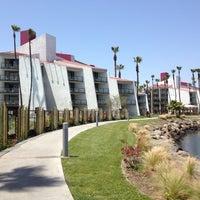 Photo taken at Hotel Maya - a DoubleTree by Hilton Hotel by Vladislav on 5/7/2012