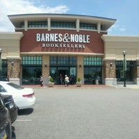 Photo taken at Barnes & Noble by Roberta G. on 6/4/2012