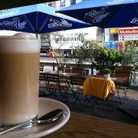 Das Foto wurde bei cafecafe von Henning G. am 9/3/2012 aufgenommen