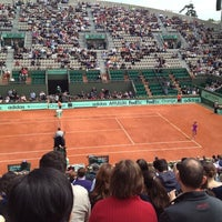 Photo taken at Court Suzanne Lenglen by Carlos G. on 6/5/2012
