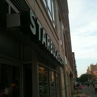 8/4/2012 tarihinde Marc S.ziyaretçi tarafından Starbucks'de çekilen fotoğraf