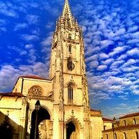 Снимок сделан в Catedral San Salvador de Oviedo пользователем Miguel Angel G. 7/2/2012