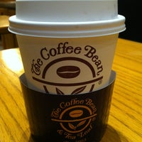 Photo taken at The Coffee Bean & Tea Leaf by Ethan on 8/24/2012