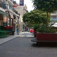 Photo taken at Πεζόδρομος Καλαμαριάς by Dimi on 8/26/2012