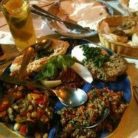 Foto tirada no(a) Restaurante Arab por Bruno F. em 4/29/2012
