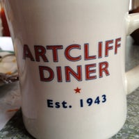 Photo taken at The Art Cliff Diner by Joshua on 8/5/2012
