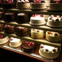 5/14/2012にJuJu B.がMartha's Country Bakeryで撮った写真
