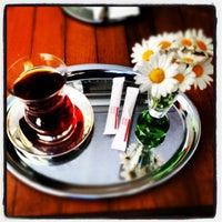 Photo taken at XDERISHOW Butik, Galeri & Cafe by M. Gökhan M. on 6/16/2012
