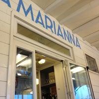 Foto scattata a La Marianna da Melamory il 4/28/2012