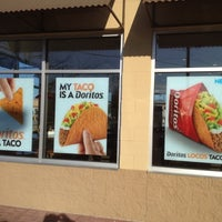 Photo taken at Taco Bell by Gee A W. on 3/9/2012