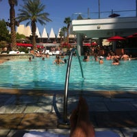 Photo taken at Palms Pool & Dayclub by DonCarlos on 8/12/2012