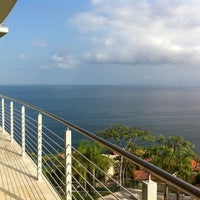 Foto tomada en Paramount Bay Condominiums por Harmonious L. el 6/2/2012