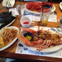 Photo prise au Legal Sea Foods par Linda B. le3/16/2012