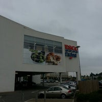 Photo taken at Tesco Extra by Michael H. on 6/26/2012